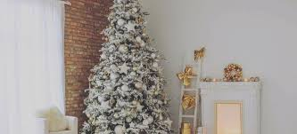 75 Flocked Christmas Tree by How To Diy A Flocked Christmas Tree Doityourself Com