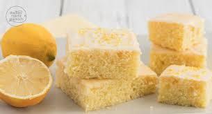 zitronenkuchen saftiger kuchen vom blech backen macht