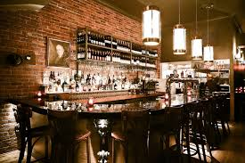au bureau pub 10 great spots to grab a drink with in montreal s