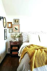 jeté de canapé jaune couvre lit jaune moutarde finest jete de lit jaune couvre with