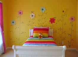 Fun FLower Wall Design For Kid Bedroom Idea