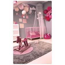 les plus chambre la chambre de bébé étoiles et montgolfières les plus belles