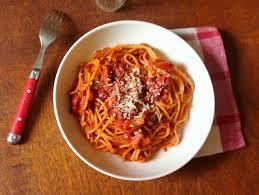 pates a l amatriciana pasta all amatriciana la meilleure recette du monde entier et de