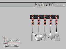 Pacific Heights Kithen Utensils