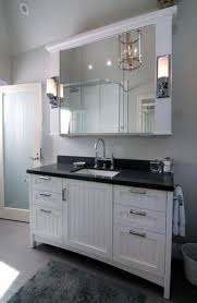 Pottery Barn Hotel Recessed Medicine Cabinet by Best 25 Medicine Cabinets With Lights Ideas On Pinterest