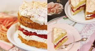 erdbeer rhabarber torte backen macht glücklich