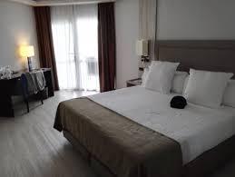 la chambre la chambre à coucher picture of melia alicante alicante