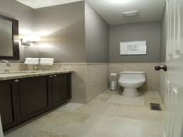 Paint Colors For Bathrooms With Beige Tile, Small Bathroom, Bathroom ... Flproof Bathroom Color Combos Hgtv Enchanting White Paint Master Bath Ideas Remodel 10 Best Colors For Small With No Windows Home Decor New For Bathrooms Archauteonluscom Pating Wall 2018 Schemes Vuelosferacom Interior Natural Beautiful A On Lovely Luxury Primitive Good Inspirational Sink Marvelous With