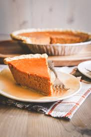 Desserts With Pumpkin Pie Filling by Easy 5 Ingredient Pumpkin Pie Recipe Sweetphi