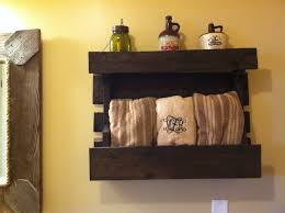 Primitive Outhouse Bathroom Decor by 28 Country Bathroom Decor 17 Best Ideas About Primitive Bathroom