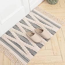 marokkanischer badezimmerteppich kleiner fransenteppich tribal teppich 60 x 90 cm gewebte boho badematte mit quasten