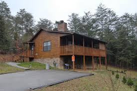 4 Bedroom Cabins In Pigeon Forge by Tennessee Vacation Cabin Rentals Indoor Outdoor Swimming Pool