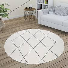 teppich wohnzimmer skandi rauten muster modern weiß