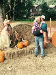 Pumpkin Patch Northern Va by Pumpkin Patch Pictures Couple Pictures Pinterest Pumpkin