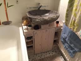 paletten badezimmerschrank fertig palettenbett und