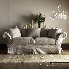 canapé shabby chic prettie via talbott furniture country