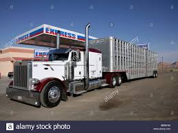 100 Cattle Truck Truck At Gas Station Arizona Stock Photo 24083413 Alamy