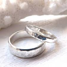 Rustic Silver Ring Set With Gemstone