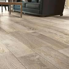 tile hardwood floors tiles tile floors that look like hardwood