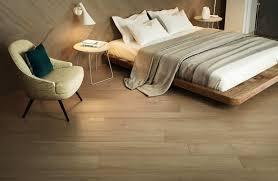 schlafzimmer hochwertige fliesen und parkettböden bei kerana