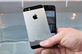 iPhone SE vs 5S Water Test Waterproof