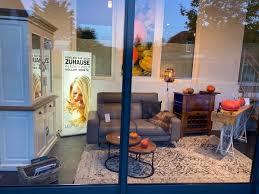 schaufenster oktober 2020 küchen sofa ästhetisches design