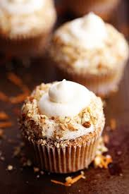 carrotcakecupcakes I am majorly obsessed with carrot cake