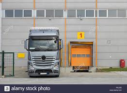 Loading Truck At Warehouse Dock Stock Photo: 209392512 - Alamy Picture Lorry Truck In Loading Dock Cars 28x1800 Big At Loading Dock Stock Photo And Royalty Free Safety Gate Ps Doors Smashes Handrail At Gef Inc Of Open Dealing With Hours Vlations Beyond Your Control Elds Warehouse 209392512 Alamy Wikipedia Seal Shelter Kopron Spa Blue Truck Stock Image Image Of Tractor Diesel 24288919 10ton Heavy Duty Ramp Yard Movable Buy Bumpers Best Kusaboshicom