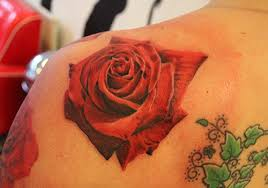 26 Beautiful Traditional Rose Tattoo Designs