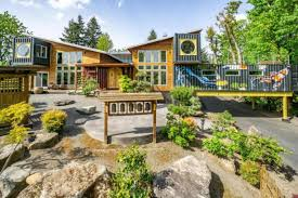 104 Container Homes Vancouver House Featured On Hgtv S The Columbian