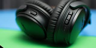 Enjoy Some Of The Best ANC Headphones: Bose QC 35 SII Now ...