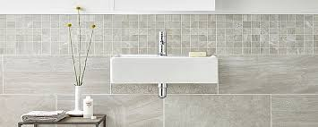 prix carrelage salle de bain avec pose du au m2 tarif moyen
