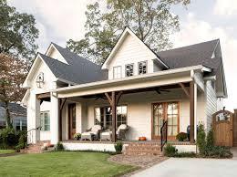 Farmhouse Houseplans Colors Best 25 White Farmhouse Exterior Ideas On Pinterest Farmhouse