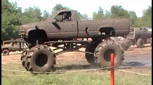 MEGA MUD TRUCKS 4x4 GONE WILD - YouTube