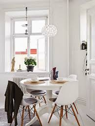 Ikea Dining Room Sets by Best 25 Round Extendable Dining Table Ideas On Pinterest Round