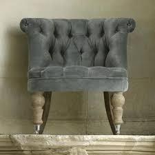 fauteuil crapaud velours beige fauteuil crapaud en tissu velours