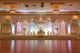 Grand Architectural Stage Design For Wedding Reception