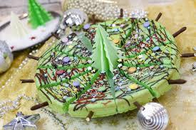 weihnachtskuchen am stiel mit zuckerstreusel