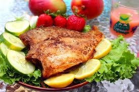 poisson a cuisiner apprendre à cuisiner les poissons et fruits de mer livres petit
