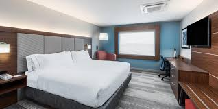 Holiday Inn Express & Suites West Plains Southwest Hotel by IHG