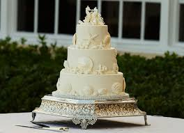 Elegant Beach Seahorse Starfish Sand Dollar Wedding Cake