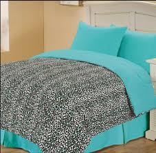 Leopard Print Bedroom Decor by Animal Print Living Room Decor Leopard Home Cheetah Wall Bedroom