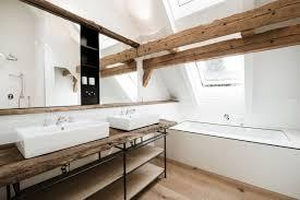 badezimmer mit dachschräge 9 tipps für dusche badewanne