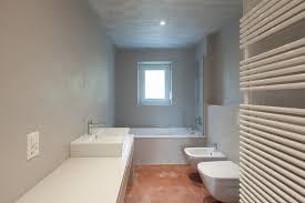 kunstharzboden im badezimmer vorteile eigenschaften und mehr