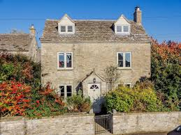 100 Weekend Homes Cotswolds Weekend Homes Without The Soho Farmhouse Price