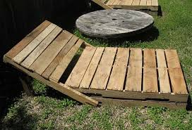 DIY Outdoor Modern Pallet Lounge Chairs Design Trend Report
