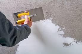 putz oder tapete welche wandgestaltung passt am besten