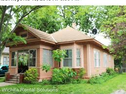 3 Bedroom Apartments Wichita Ks by 1125 N Larimer Street Wichita Ks 67203 Hotpads