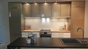 moderne küche mit freistehender inselzeile modell 2060