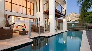 100 The Beach House Gold Coast Broadbeach Waters Destination